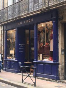 vitrine blue madone rue du loup bordeaux