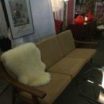 canapé scandinave vintage Salon des antiquaires bordeaux lac 2018