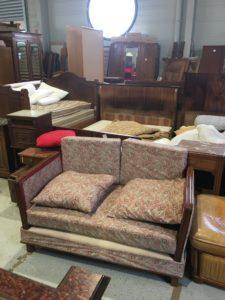 canapé double vintage accoudoir bois partage sans frontières St macaire 33