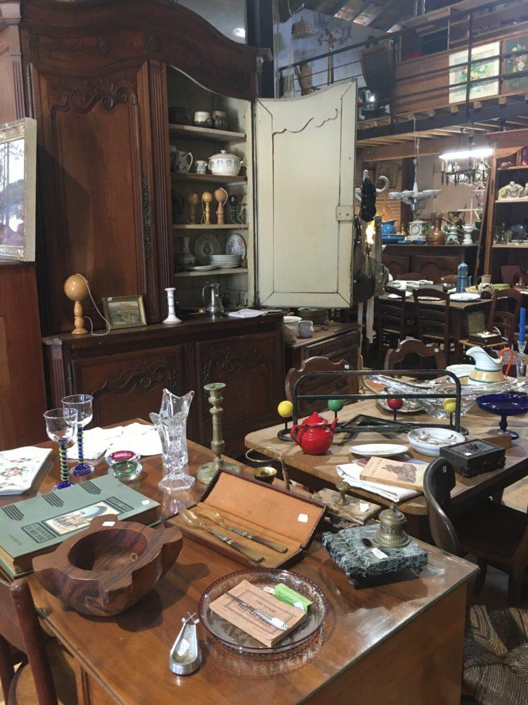 """Belloc""""Antic mobilier brocante entre langon et bordeaux"""