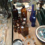 village antiquité brocante Rauzan fioles verre ambre vintage pharmacie