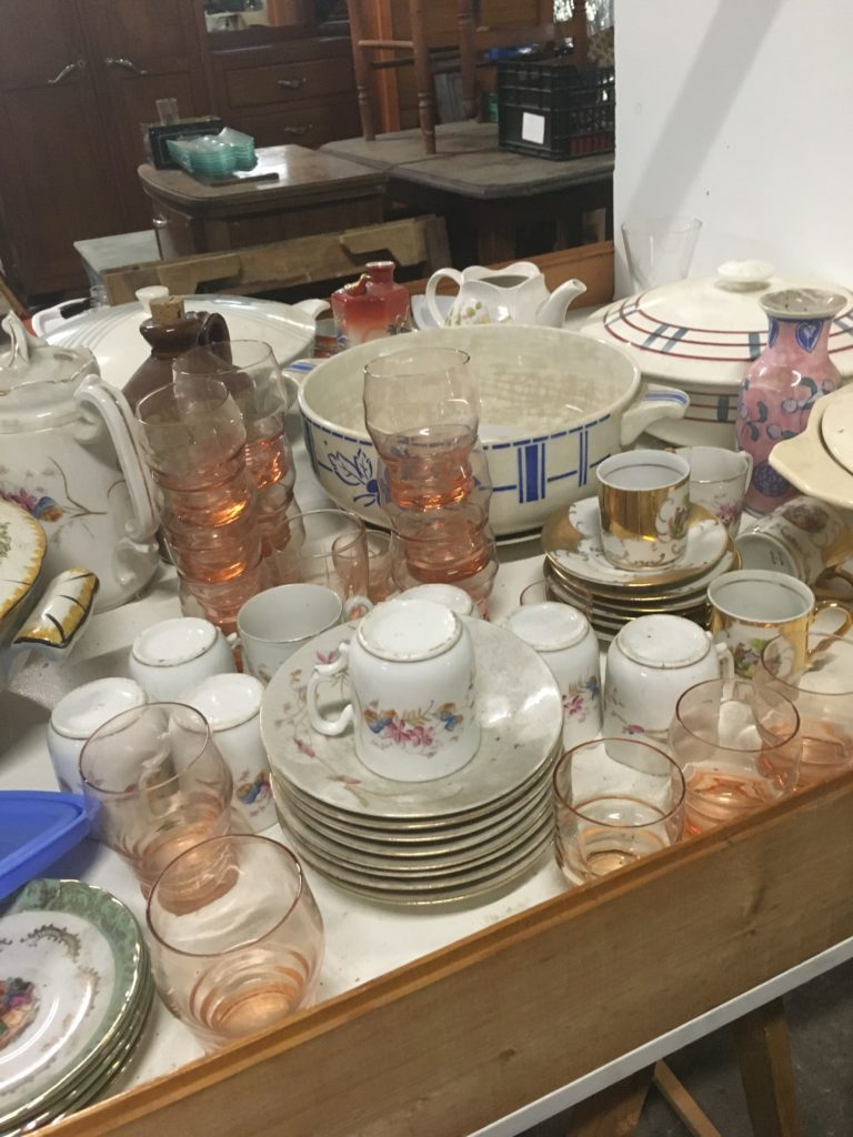 vaisselle vintage Les maillons du coeur recyclerie noaillan