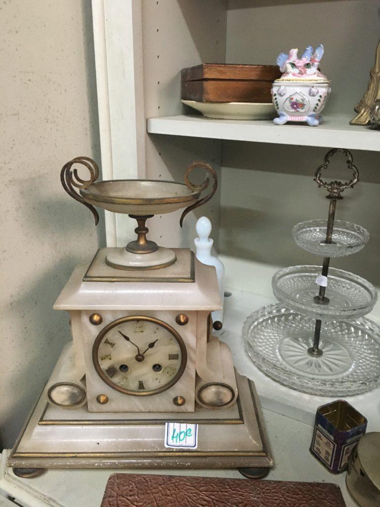 Les maillons du coeur recyclerie noaillan horloge art déco opaline rosée