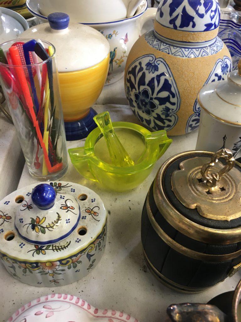 brocante andernos les bains pilon en verre fluo opalex vintage