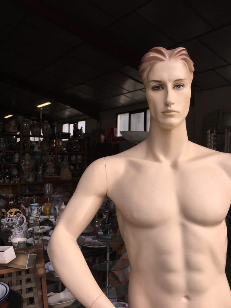 brocante andernos mannequin vintage