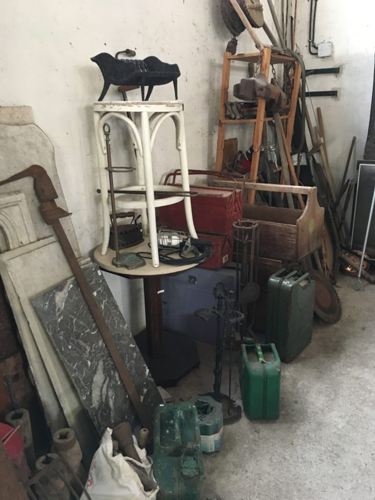 brocante andernos les bains jerrycan militaire 33
