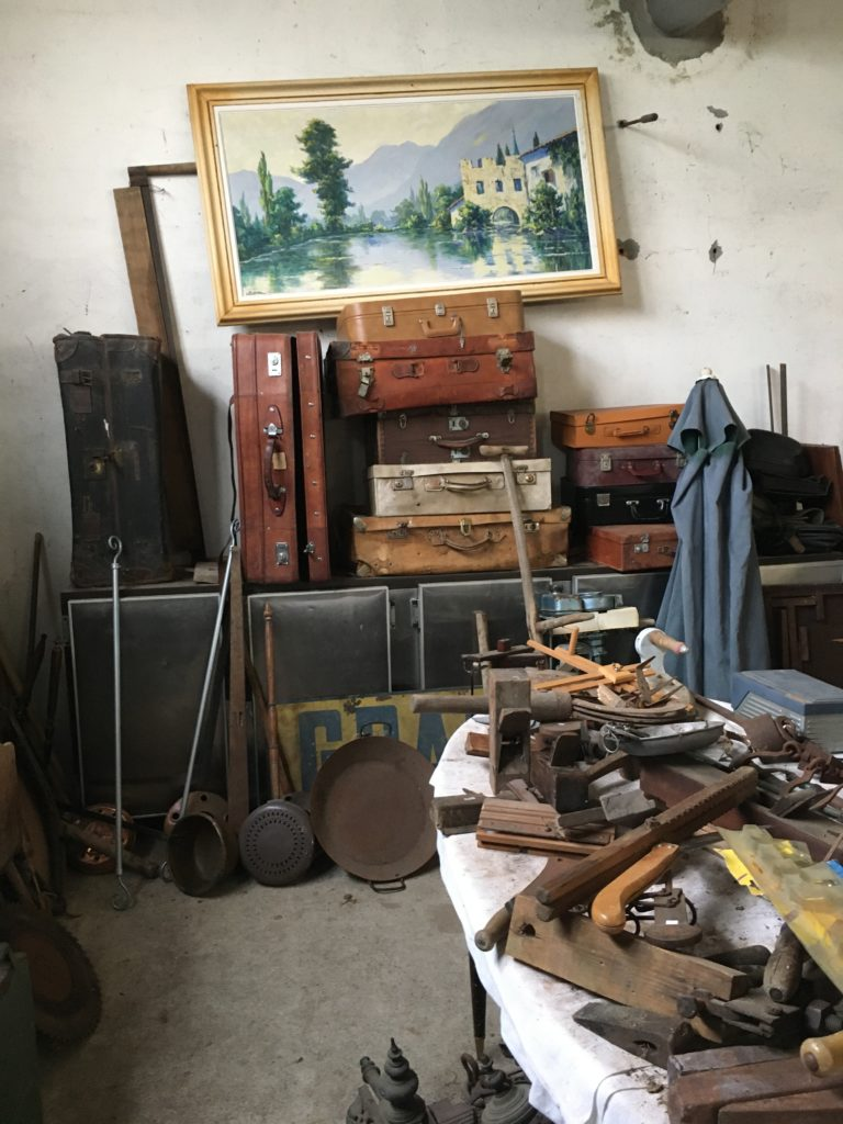 brocante andernos les bains valises vintage bassin d'arcachon