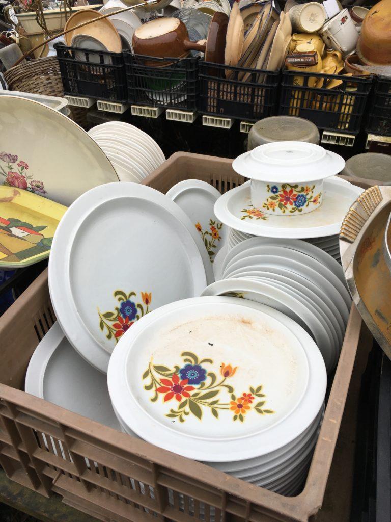 service porcelaine vintage à fleurs st demis de pile brocante